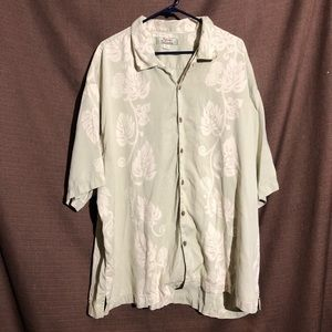 Silk Tommy Bahama Short Sleeve Button Down Shirt